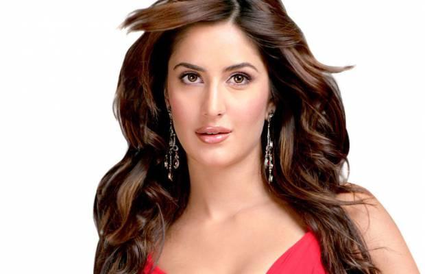 Top 5 actrite sexy din filmele indiene