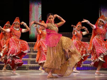 Cele mai elaborate costume purtate de actrite in filmele de la Bollywood