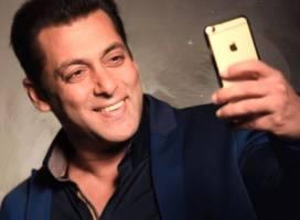 Top 7 selfie-uri ale lui Salman Khan