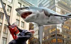 Uraganul rechinilor 2