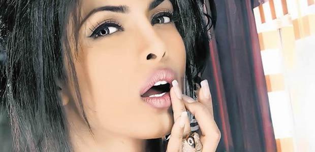 Priyanka Chopra - buze